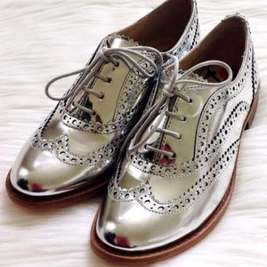 Sam Edelman silver metallic oxfords